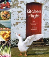 Kitchen of light av Andreas Viestad (Heftet)