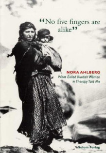 No five fingers are alike av Nora Ahlberg (Heftet)